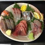 柏市場より仕入れる新鮮な魚介類を、思う存分お楽しみください。