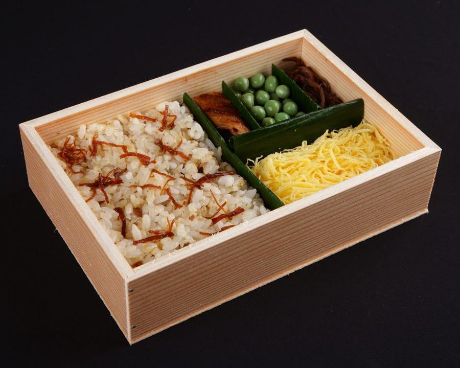 【 冬季限定 】蒸し寿司