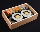 箱寿司・巻き寿司盛合せ