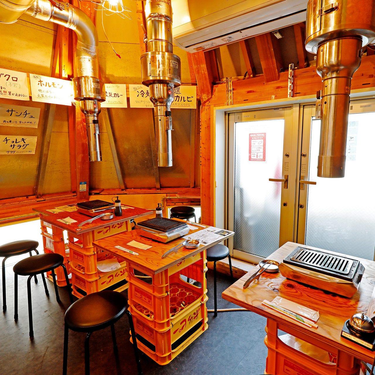 カジュアルな雰囲気漂う大衆焼肉店