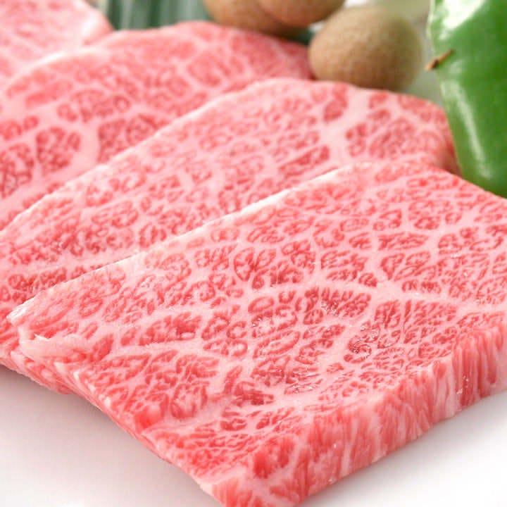国産黒毛和牛の霜降り肉!!