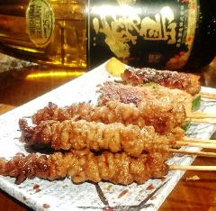 博多 鶏皮(タレ、塩)