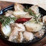 大山鶏と長芋の和アヒージョ