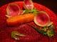 ワインの中で熟成させ桜のチップで燻製にしたスモークサーモン