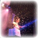 テレビ、雑誌等で有名女性マジシャン「サキ・キヨノ」の感動と驚きのステージマジックショー!