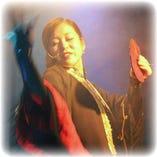 世界から注目!TV.雑誌等で記載、出演されている女性マジシャン「サキ・キヨノ師」