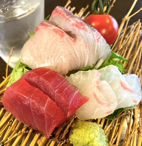 江口漁港直送の新鮮お刺身!