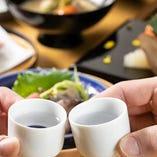 料理を盛りつける器は清水焼の作家ものを使用しています。