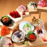 大人気!刺身12点階段盛り!北海道のお刺身はこれ一つで大満足!