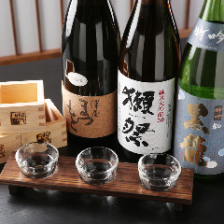 □ 厳選日本酒三種 飲み比べ □