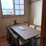 テーブル席個室(6名様)