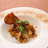オマール海老を豪華に使ったお料理も。