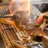その日の特選食材を炭火焼きで旨みそのままにお届けします。