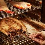 焼き上がりはふっくらとして味が濃く、その身しっとりと脂を含んで美味