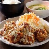 チキン唐揚げタルタルソース定食