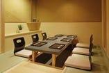 個室は8部屋ご用意。 ゆったりとお過ごしください