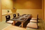完全個室は全8室。4名~最大26名様までご利用頂けます。