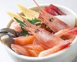 海鮮丼(あら汁付)
