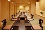 個室は全8部屋。4名様~最大26名様まで対応いたします。