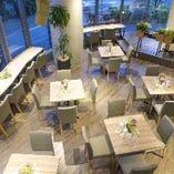 ≪最大70名様・店内テーブル席≫デート・女子会から貸切パーティーまで可能な店内
