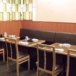 喧騒を忘れる大人の雰囲気溢れた隠れ家的な寿司店