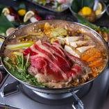 当店自慢の鍋料理を囲んで賑やかなご宴会をお楽しみください。