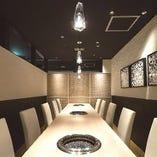 テーブル個室(1室/8名~10名様用/扉・壁あり)
