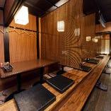 2階掘りごたつ席(~30名様)簾で仕切ることで半個室のような雰囲気に!コロナも安心