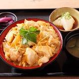 知床鶏の親子丼