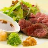 淡路牛はとろける美味しさが魅力。淡路鮮魚に次ぐ人気です