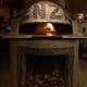 薪窯で焼く本格ナポリピッツは絶品です