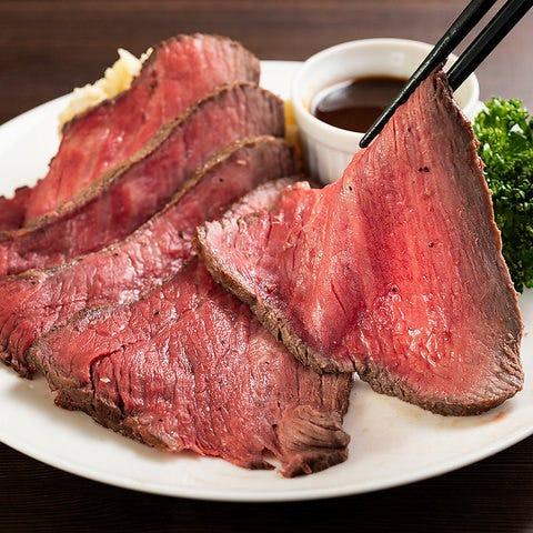 肉好きにはたまらない肉料理の数々!