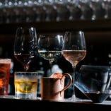 フランス産を中心に世界各国のワインを常時200種以上ご用意。