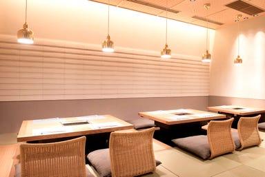 老舗焼肉&個室 旅亭まんぷく 六本木ヒルズ店 店内の画像
