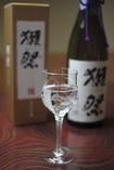 「獺祭」をはじめ、地酒、銘酒、焼酎など取り揃えております。