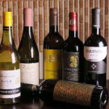 東ヨーロッパを中心に、今注目の厳選ワインをご用意♪