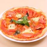 一番人気のマルゲリータピザです。