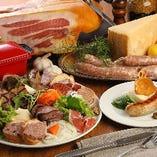 自慢のお肉料理を堪能ください!