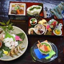 【5月・土日限定 鴨川納涼床で食す】鱧おとし付京会席弁当を楽しむコース