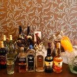 飲み放題付コースは、+500円でグレードアップも!お酒好きもそうでない方も、満足いただける内容です。