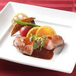 鴨胸肉のソテー オレンジソース