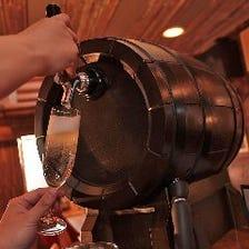 樽出し生スパークリングワインで乾杯
