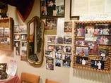 オーナーのスペイン留学の写真がいっぱい・・・