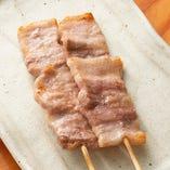 国産豚バラ串焼