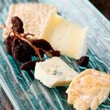 仏と伊のフロマージュ(チーズ)を最後に