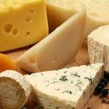 世界各国から厳選したチーズ【フランス/イタリア/スペイン/ギリシャ】