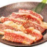 """""""厳選黒毛和牛"""" 厳選したお肉。素材の味をお楽しみください"""