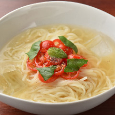 トマトバジル冷麺