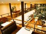 二階席も含め総席数は80名程♪結婚式二次会でもご利用可能。