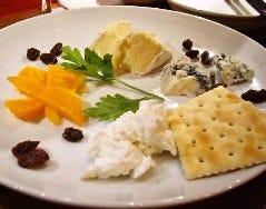 ◆チーズ盛り合わせ◆